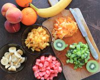 Fruits cutted for salad Royalty Free Stock Images