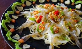 Fruits de mer crus de sauce à crevette et à poissons, épicés Photos stock