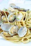 Fruits de mer italiens traditionnels, vongole de spaghetti fait avec le seashel photos libres de droits