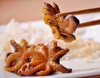 Fruits de mer Petits poulpes marinés Image libre de droits
