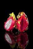 Fruits du dragon rouges et blancs Photographie stock libre de droits
