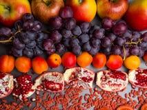 fruits et berrys rouges vitamine riche, resveratrol, antioxydants nourriture, fin d'astaxanthine  photographie stock