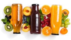 Fruits et jus d'été Au-dessus de la vue Images stock