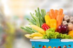 fruits et légumes de nourriture biologique dans l'épicerie de supermarché photographie stock