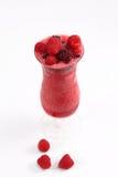 Fruits frais et jus naturel, verre de glaçons Photo libre de droits