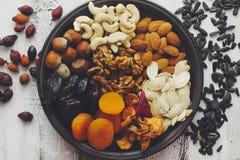 Fruits Nuts et secs Photos stock