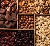 Fruits Nuts et secs images stock