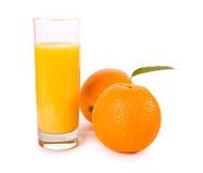 Fruits oranges avec les lames vertes Image libre de droits