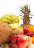 Fruits sur le blanc Photographie stock