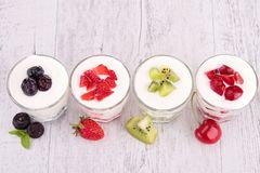Fruits and yogurt Royalty Free Stock Photography