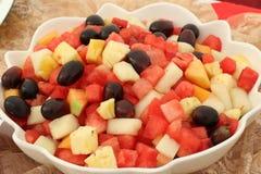 Fruitsalade in een kom Royalty-vrije Stock Afbeeldingen