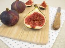 Fruitsnack met verse fig. Royalty-vrije Stock Foto's