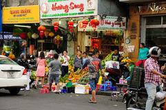 Fruittribune in Saigon Vietnam Stock Afbeelding