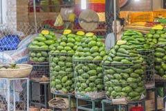 Fruitwinkel, de Markt van DA Lat, Vietnam Stock Foto