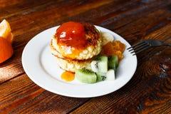 Fruity τηγανίτες τυριών Στοκ Φωτογραφίες