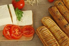 Frukost av ost och tomaten Royaltyfri Bild
