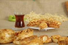 Frukost av turk Borek Royaltyfri Bild