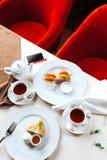 Frukost för två i restaurangen Fotografering för Bildbyråer