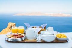 Frukost för två med en sikt Arkivfoto