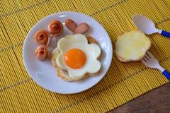 Frukost för ungar arkivfoton