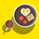 Frukost förvanskade ägg med rostat bröd Royaltyfri Illustrationer