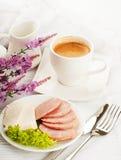 Frukost från korven och ost royaltyfria foton