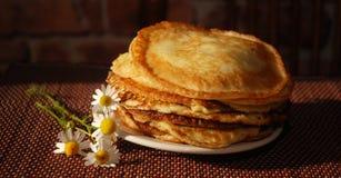 Frukost med pannkakor Arkivfoton