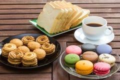 Frukost med svart kaffe Arkivfoto