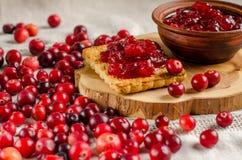 Frukost med tranbär Driftstopp och kakor arkivfoton