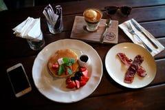Frukost på Pison Coffe Royaltyfria Foton