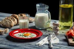 Frukosten gjorde ââwith nya ingredienser Arkivfoton