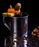 Frukt- coctail för alkoholiserad vinter royaltyfri fotografi
