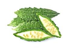 Frukt för Freash Momordicacharantia som isoleras på vit bakgrund royaltyfri foto