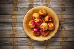 Frukt för nektarinnektarinbunke royaltyfria foton