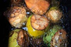 Frukt för Hawaii bondemarknad Arkivfoton