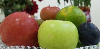 Frukt i en bunke arkivbild