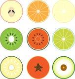 Frukt i halva Arkivfoto