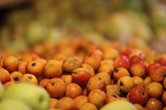 Frukt i marknaden Royaltyfria Foton