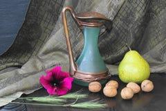 Frukt- och blommaordning Arkivbild