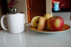 Frukt och drink royaltyfria foton