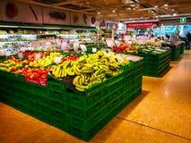 Frukt- och grönsakavdelning royaltyfria foton