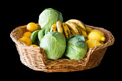 Frukt- och grönsakkorg Fotografering för Bildbyråer