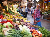Frukt- och vegstånd i Istanbul Royaltyfria Foton