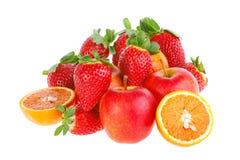 Frukt på den vita bakgrunden Fotografering för Bildbyråer