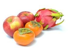 Frukt på vit bakgrund Arkivbild