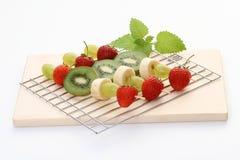 frukt- shishkabobs Royaltyfri Foto