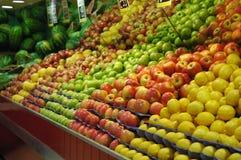 fruktaffär Royaltyfria Bilder