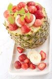 Fruktefterrätt med ananas Royaltyfri Fotografi