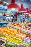 Frukter i marknaden Royaltyfri Foto
