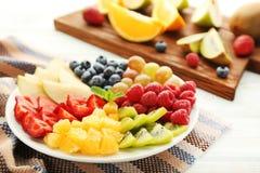 Frukter i platta royaltyfria bilder